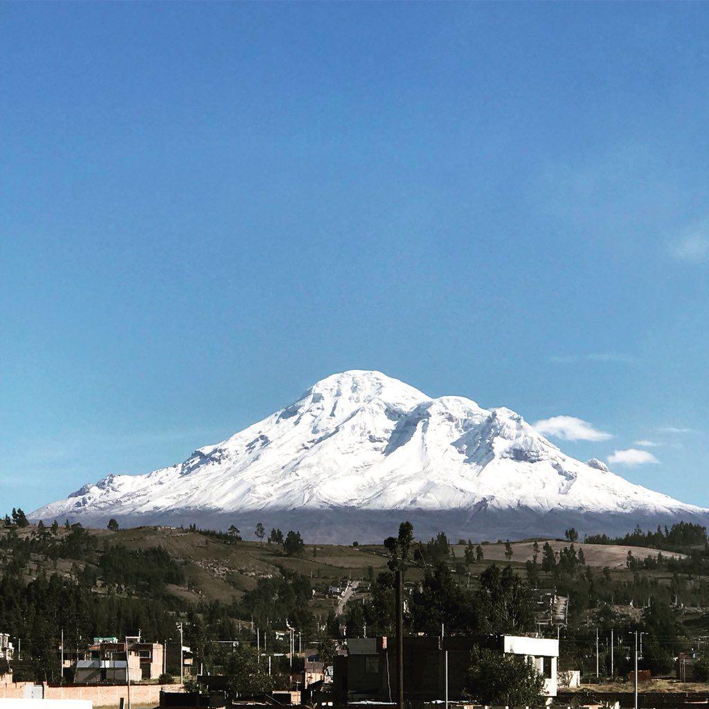 Así lució el Chimborazo el pasado fin de semana... blanco sublime.