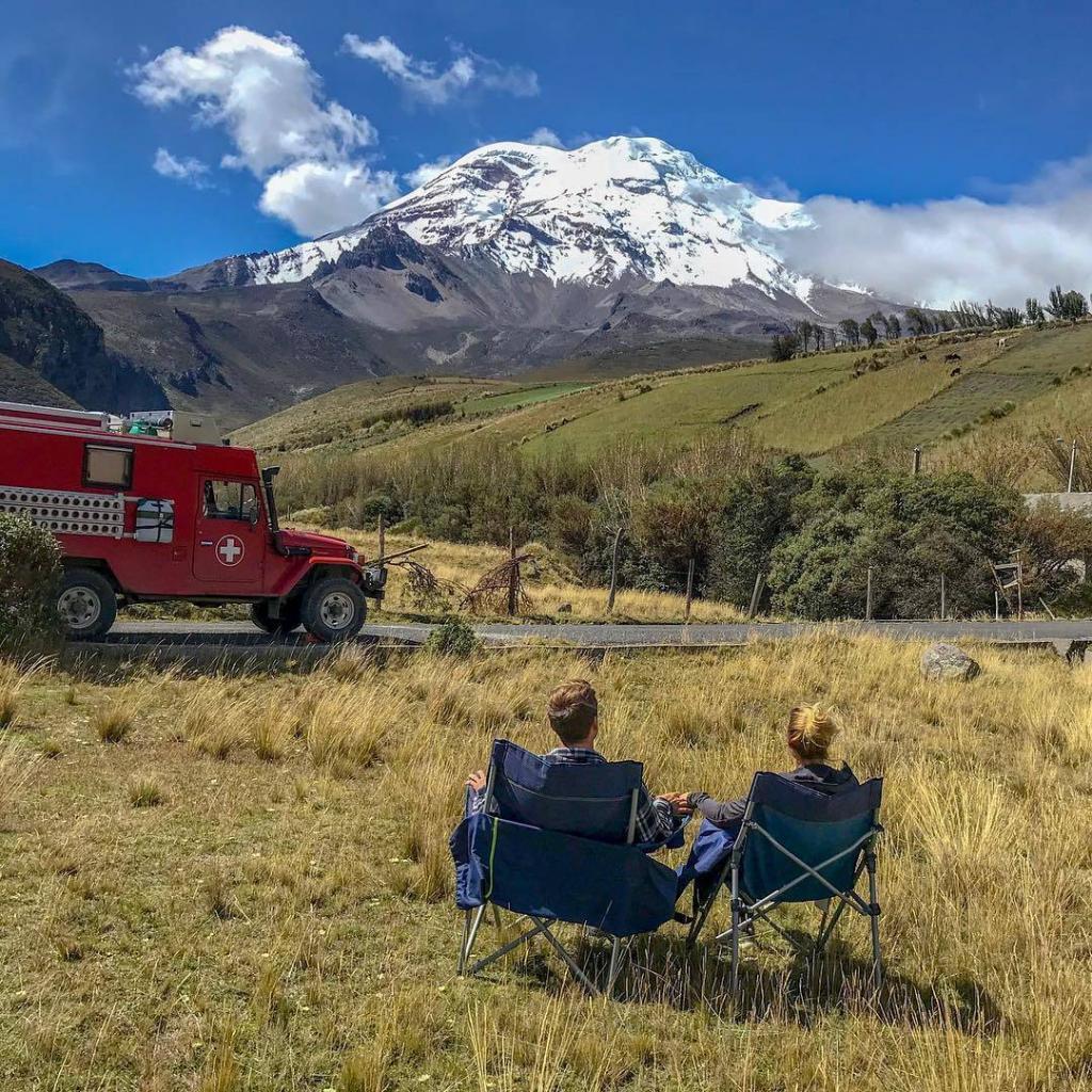 Turistas suizos disfrutando del Chimborazo