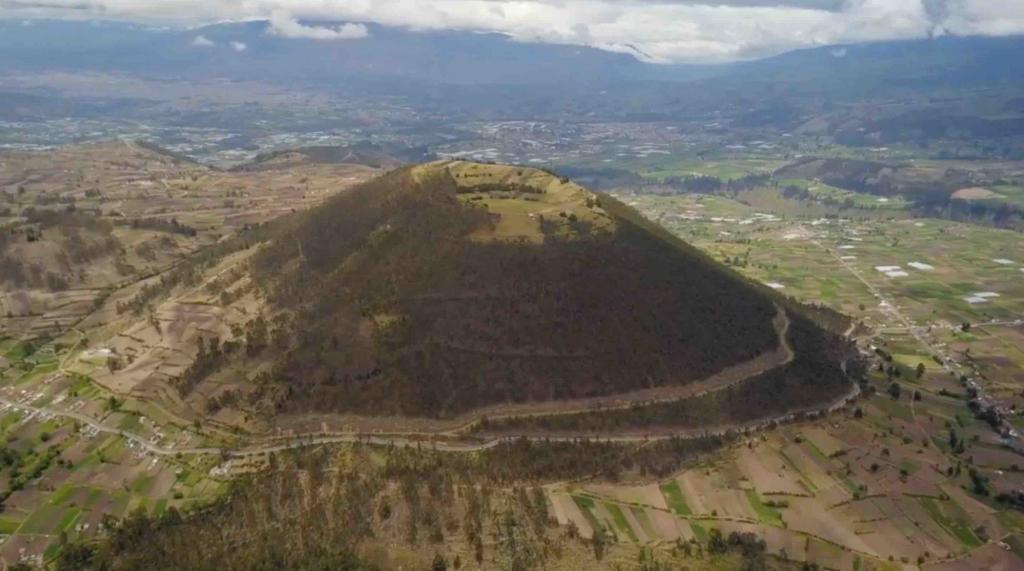 Laguna Cóndor Cocha, 5100 m Chimborazo, Riobamba Ecuador
