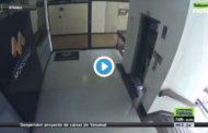 VIDEO Madre salva de la muerte a su hijo de 3 años. La mujer estaba distraída con su celular