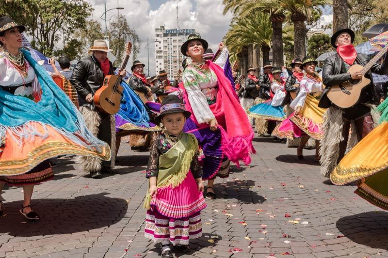 Lugares Turisticos de Riobamba pase-del-nino-riobamba-chimborazo-folclore