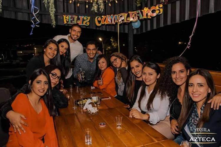 restaurante riobamba factory bar trago cumpleaños