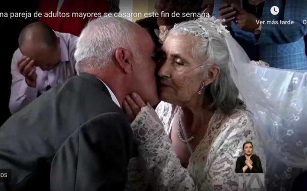 VIDEO | Pareja de adultos mayores se casaron, pero un cáncer terminal hizo que ella MUERA este domingo.