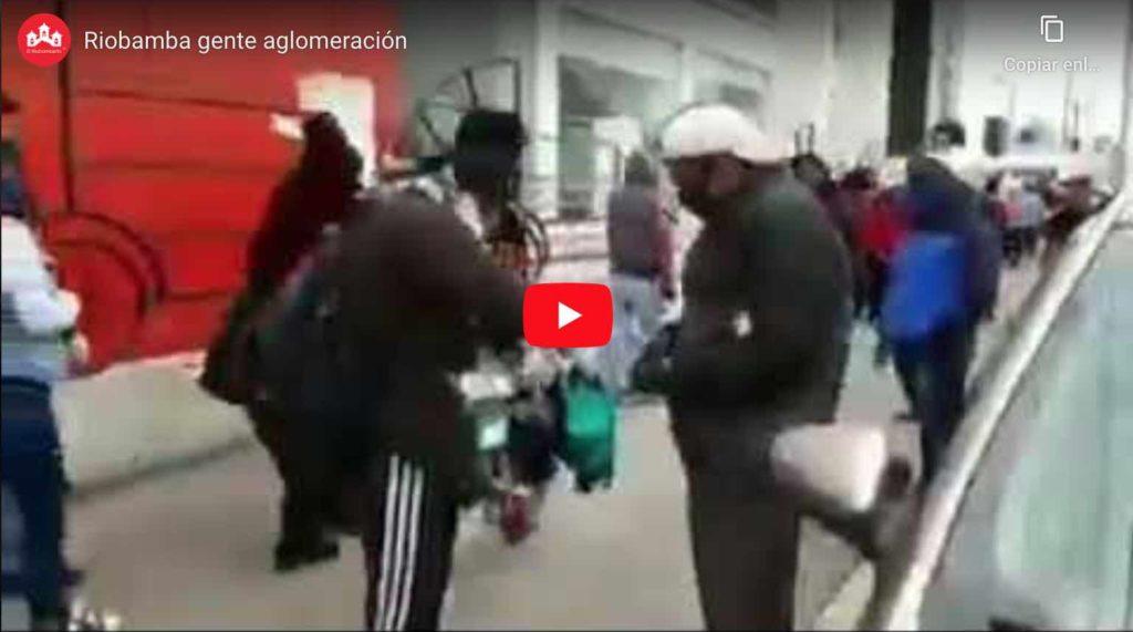 VIDEO: Hoy Cientos de Personas se Aglomeran en el Mercado Mayorista de RIOBAMBA
