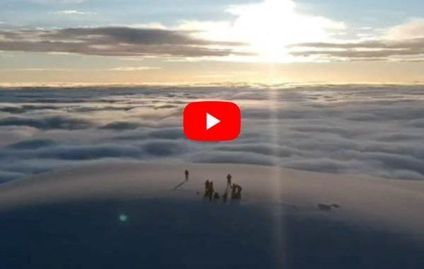CHIMBORAZO, desde la CUMBRE espectaculares tomas con un DRONE.